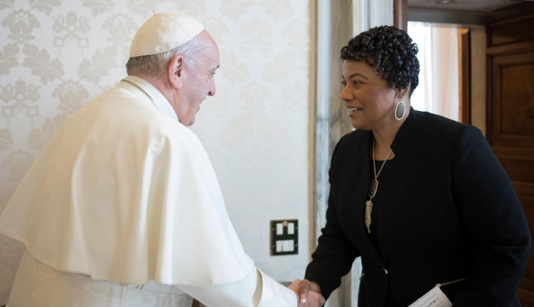 Papa Francisco recibe a hija de Martin Luther King