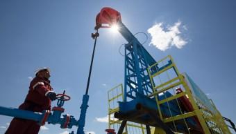 Petróleo reporta alzas tras tensiones en Medio Oriente