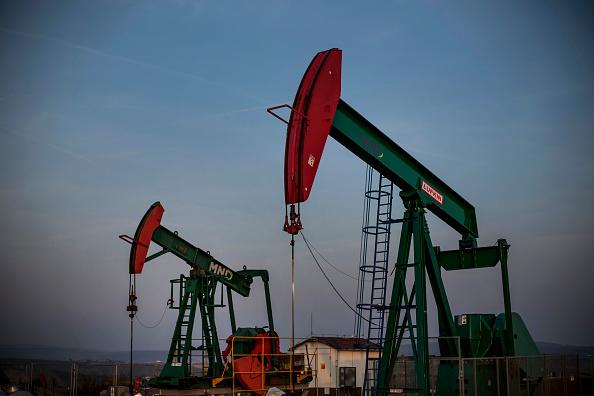 Extracción petrolera en Venezuela seguirá en caída libre por cinco años