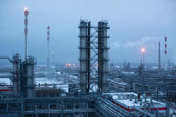 Precios del barril subieron por pronósticos de mayor demanda