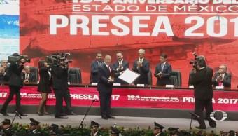 Premian a Valentín Diez Morodo con el premio Estado de México 2017