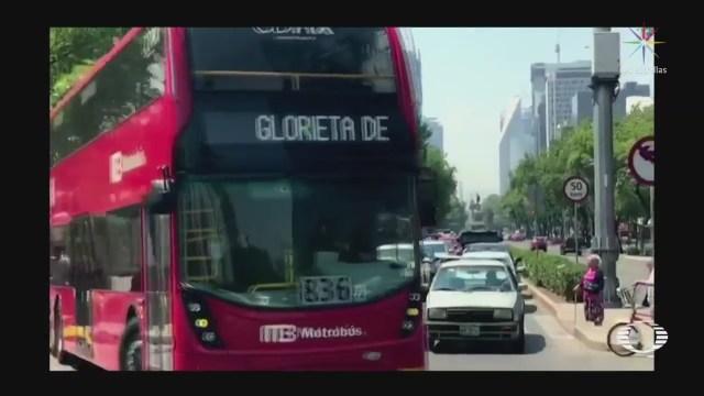 Quejas y confusión en primer día del Metrobús en Reforma
