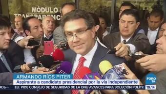 Ríos Piter acude al INE a revisión de firmas
