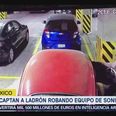 Video: Ladrón se mete a condominio vigilado para robar autopartes