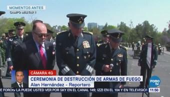Salvador Cienfuegos encabeza ceremonia de destrucción de armas