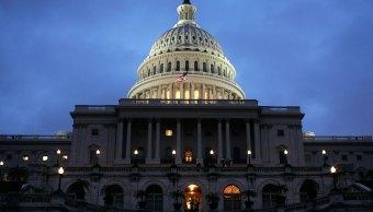 Senado Estados Unidos vota favor reducir regulaciones bancarias