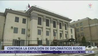 Sigue expulsión de diplomáticos rusos por envenenamiento del exespía Serguei Skripal