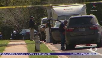 Texas busca a un atacante serial tras serie de explosiones