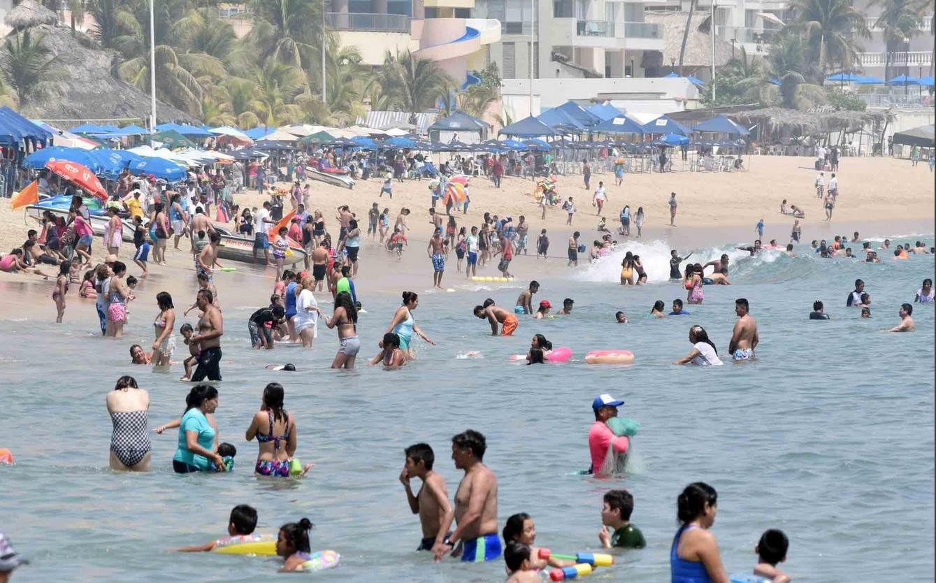 Delincuentes desatan balacera en pleno Vía Crucis en Acapulco