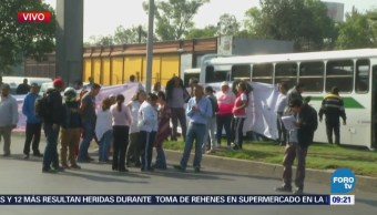 Vecinos bloquean calzada Ignacio Zaragoza, CDMX