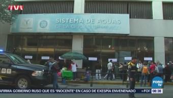 Vecinos de la colonia Roma protestan en instalaciones del Sacmex