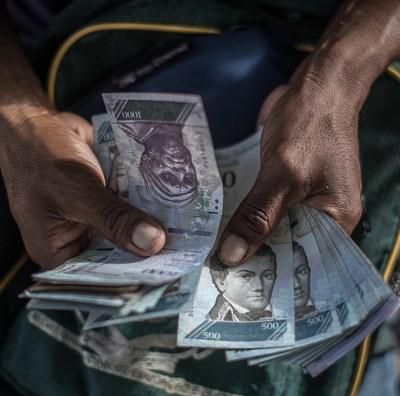 Venezuela necesita dolarizar su economía: Francisco Rodríguez