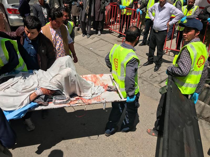 Estado Islámico asume autoría del atentado suicida contra votantes en Kabul