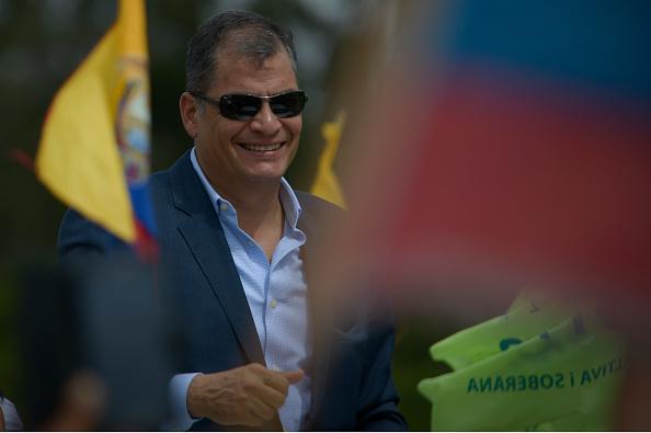 Abren investigación penal a Correa por deuda pública