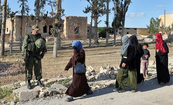 Sirios escapan de la guerra dejando atrás todo lo que tenían
