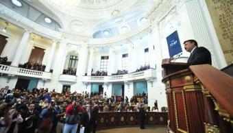 Almeida pide legislar para castigar portación ilegal de armas de fuego