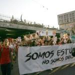 Estudiantes UdeG manifiestan apoyo a familiares de estudiantes de cine desaparecidos
