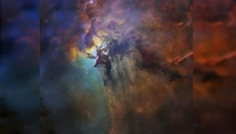 Telescopio Hubble celebra 28 años con colorida foto de Nebulosa del Lago