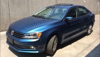 asaltantes roban con violencia un auto en naucalpan estado de mexico