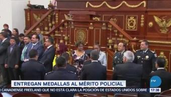 Asamblea Legislativa entrega medallas al Mérito Ciudadano