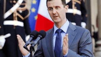 Al Assad devuelve a Francia la Cruz de la Legión de Honor