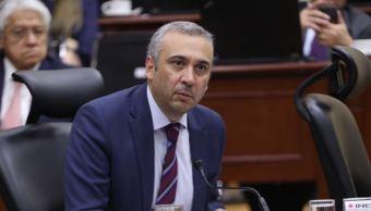 INE aprueba criterios para los moderadores de los debates presidenciales