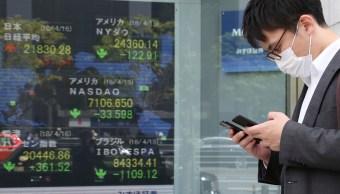 Bolsas de Asia cierran con resultados mixtos. (AP)