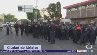 Bomberos protestan en la CDMX; exigen nuevo director