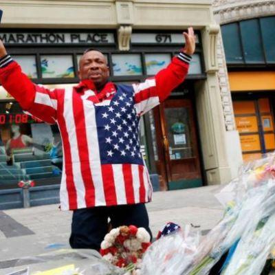 Boston conmemora el quinto aniversario de las explosiones en el maratón