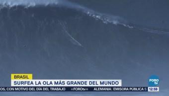 Brasileño impone récord mundial por surfear una ola de más de 24 metros de altura