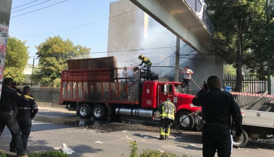 Registran explosión de camión de carga en la GAM