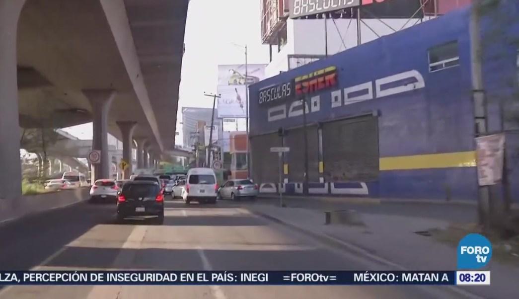 Caos vial en Av. Primero de Mayo y Periférico