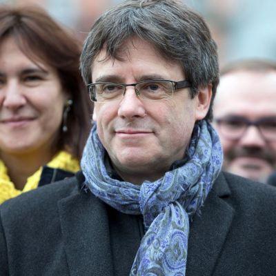 España retira la orden internacional de arresto contra Puigdemont