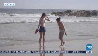 Cientos Turistas Disfrutan Calor Zipolite, Oaxaca