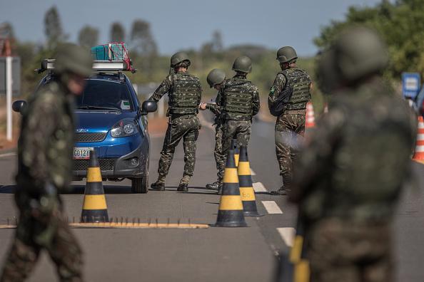 Suspenden entrega de cuerpos de periodistas ecuatorianos