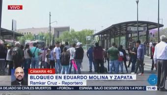 Comerciantes desalojados bloquean Eduardo Molina y Emiliano Zapata, CDMX