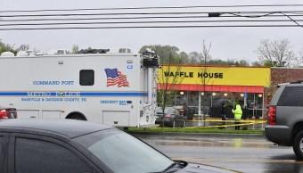 Policía en Tennessee continúa la búsqueda de sospechoso de tiroteo