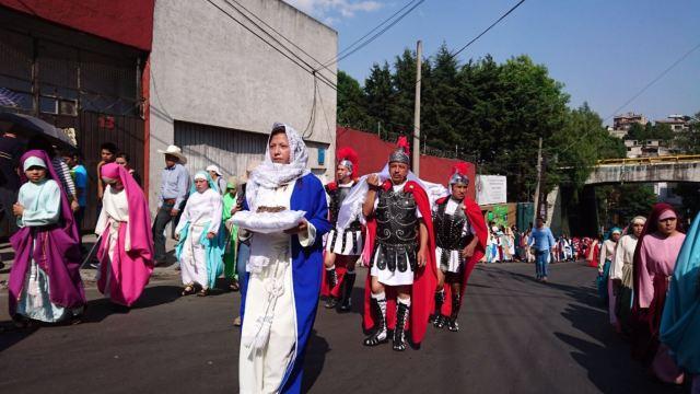 Habitantes de Cuajimalpa celebran el Sábado de Gloria