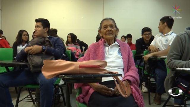mujer 96 anos edad entra preparatoria chiapas