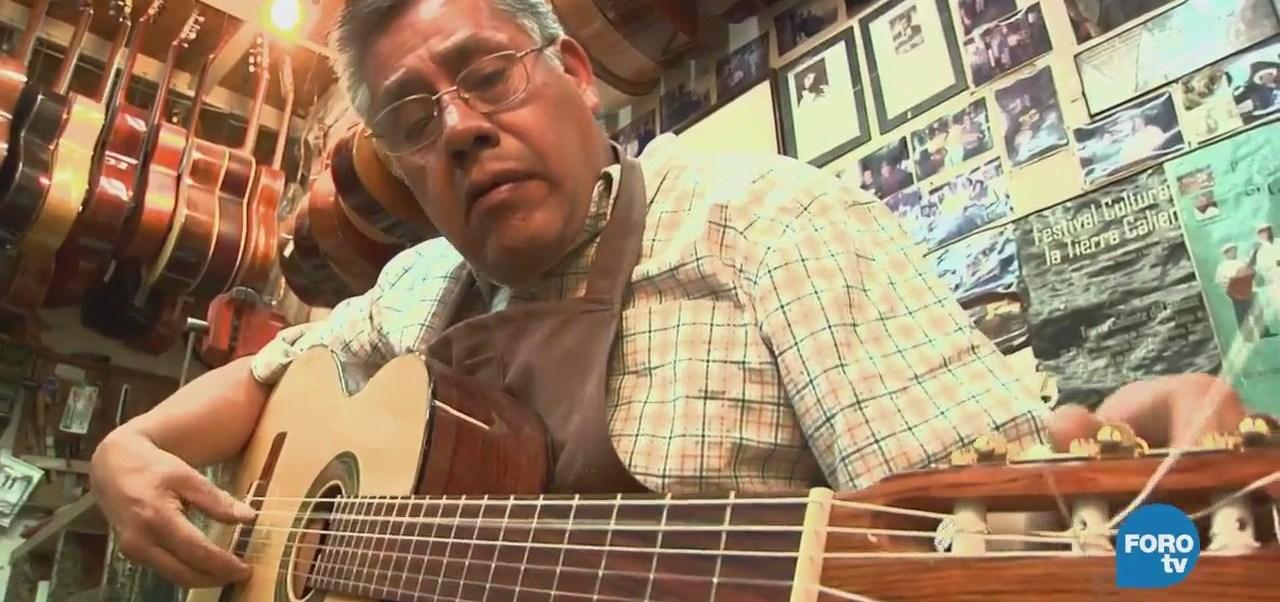 Enrique Enríquez Habla Secretos Laudaría Guitarra