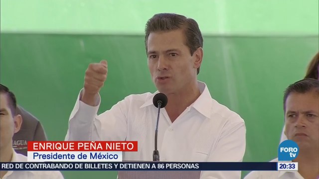 EPN firma decreto de zonas especiales de Campeche y Tabasco