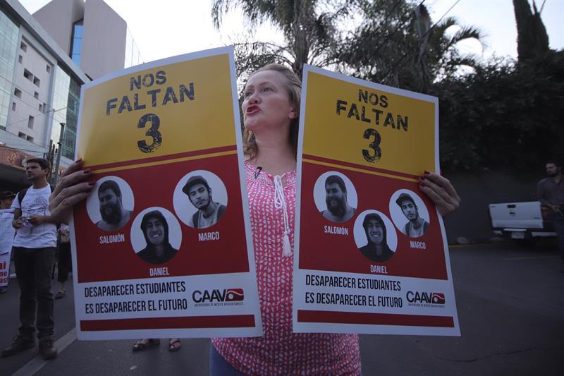 Detienen dos personas desaparición estudiantes Jalisco