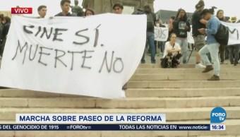 Estudiantes Exigen Justicia Seguridad Paseo De La Reforma