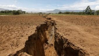 Enorme grieta geológica en Kenia sorprende a África