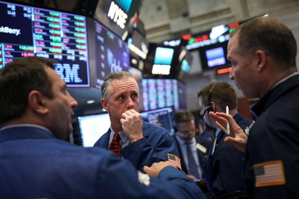 Wall Street cerró con fuerte baja por disputa entre EEUU y China