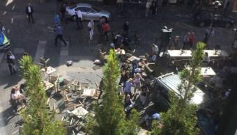 Vehículo arrolla a multitud en Alemania; hay tres muertos y 30 heridos