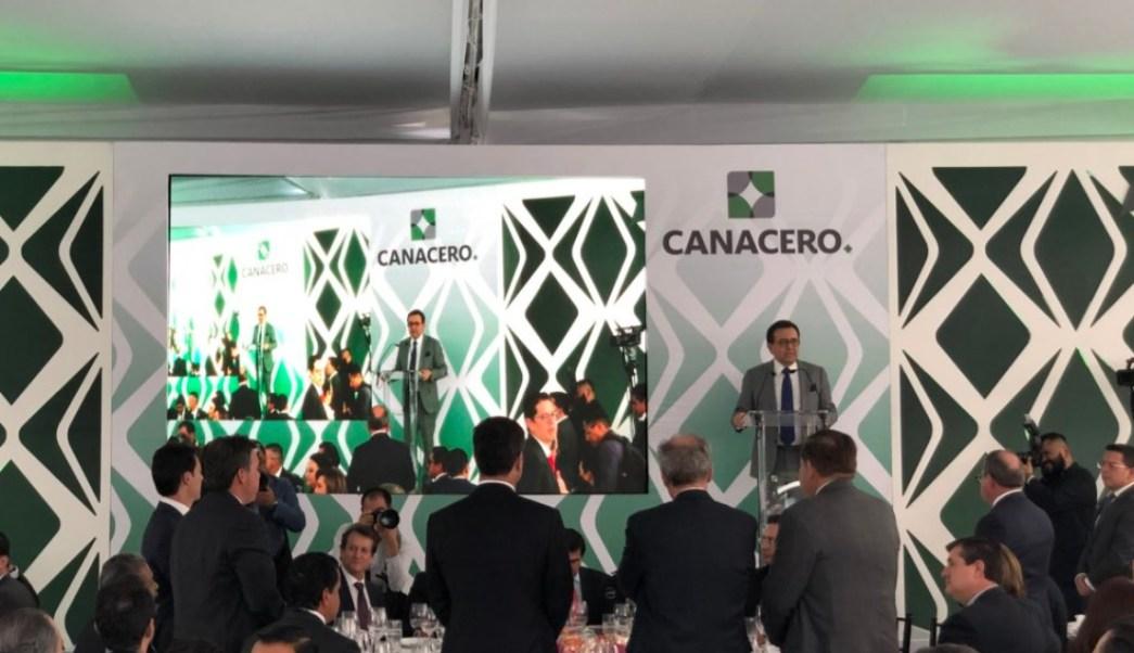 Guajardo pide a industriales del acero evitar ir contra multilateralismo