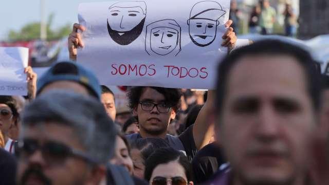 Marchan en Guadalajara por mayor seguridad tras asesinato de estudiantes