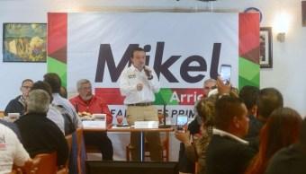 Mikel Arriola presenta estrategia para reducir la pobreza