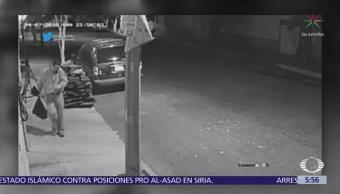 Motociclistas asaltan a hombre en la puerta de su casa en Azcapotzalco